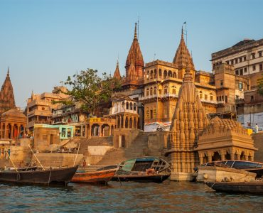 HOLY AND REGAL INDIA: VARANASI & RAJASTHAN